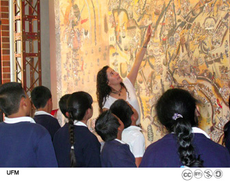 School groups visit the Lienzo de Quauhquechollan exhibit free of charge.